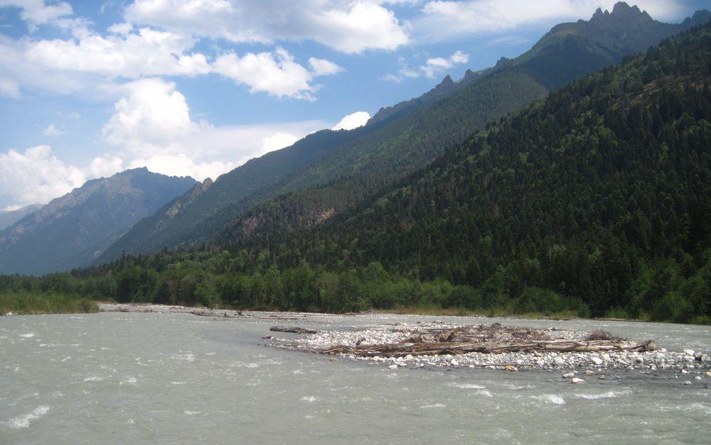 река Теберда на Кавказе